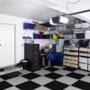 Akú podlahu zvoliť do garáže či dielne? Zamilujete si PVC zámkovú dlažbu