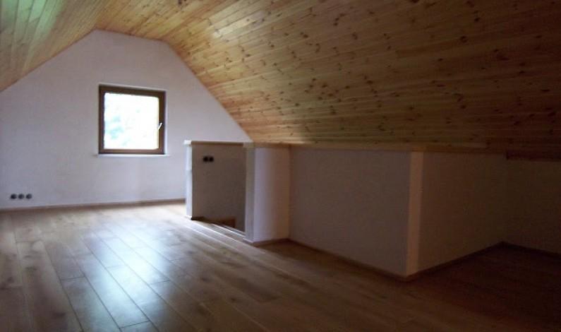 Rola prírodných materiálov v interiéri