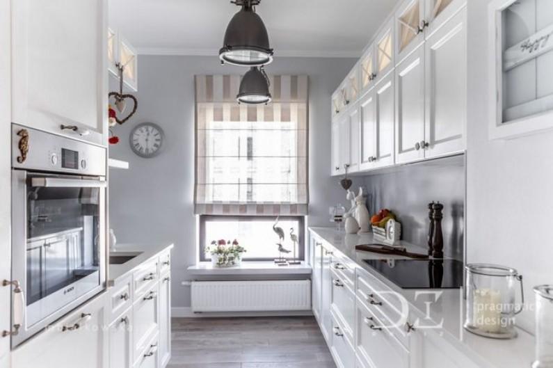 Urobte svoju kuchyňu krajšiu s potlačenými hrnčekmi