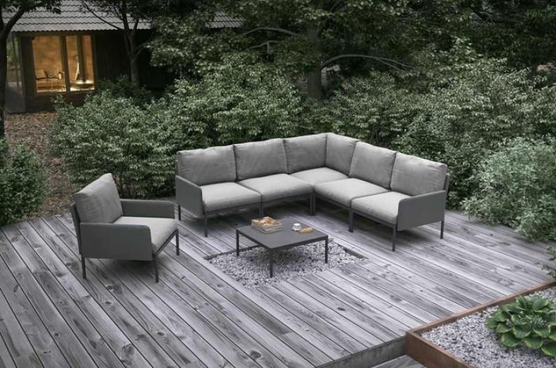 Aký záhradný nábytok je aktuálne v kurze?